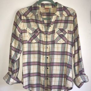 Cream colored ivory flannel, size M